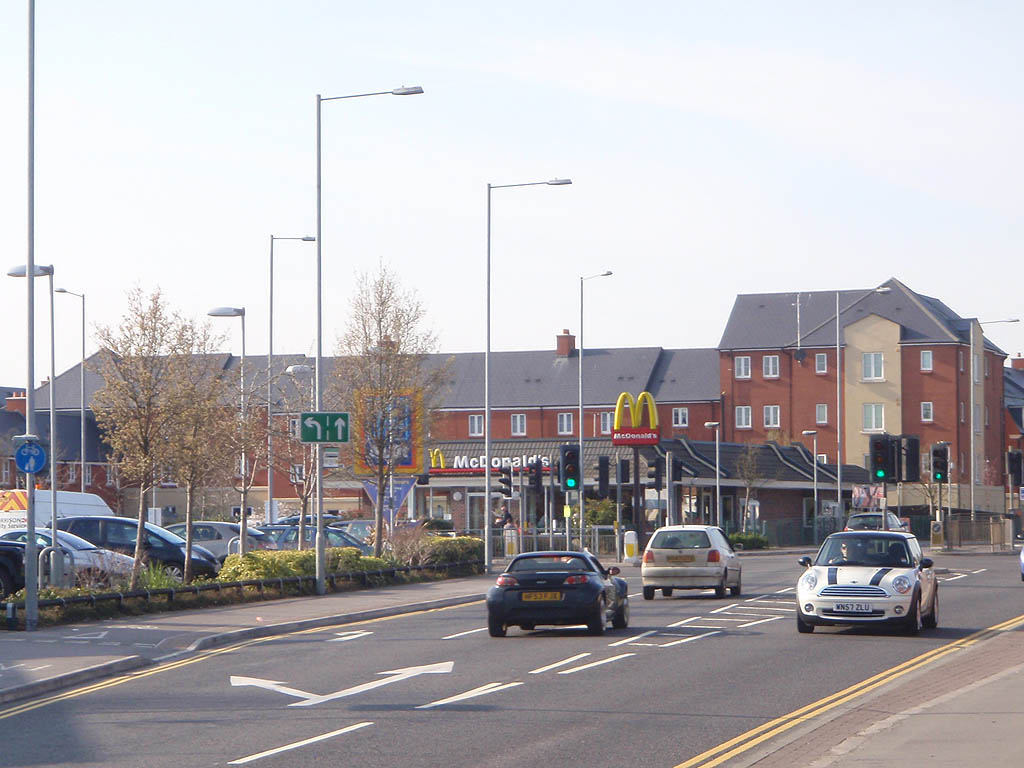 Foundry Close, Aldi and McDonalds
