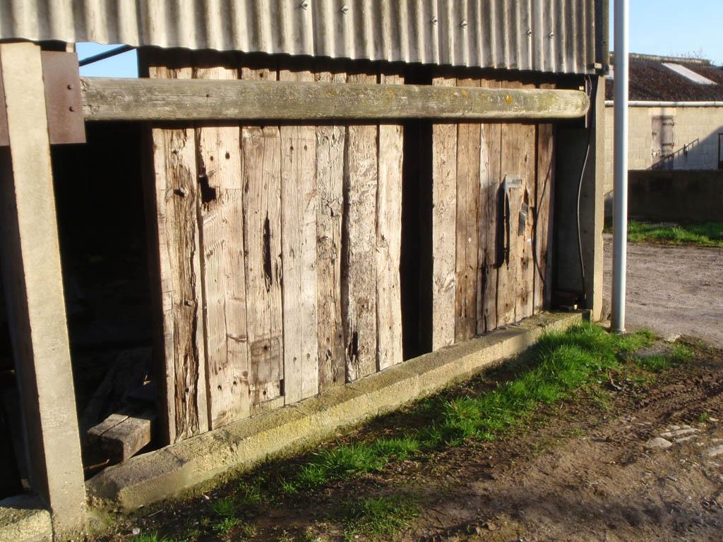 Derelict farmyard, Woolmore
