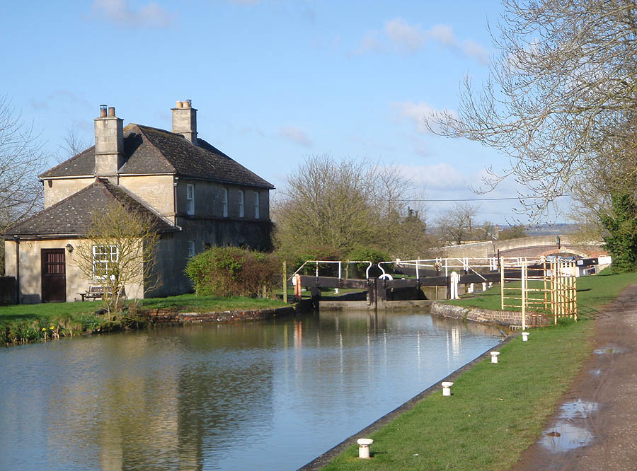 Semington Bottom Lock