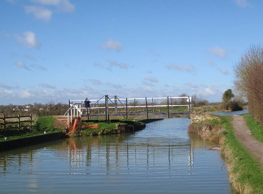 Swing bridge near Semington