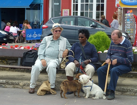 Walking the dog, Weymouth style