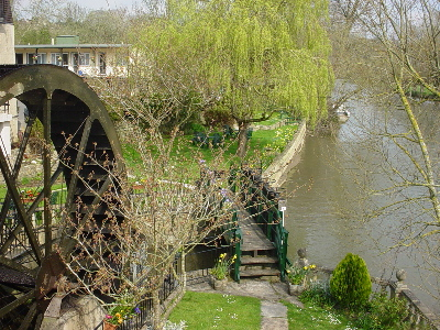 Waterwheel on the Avon at Batheaston