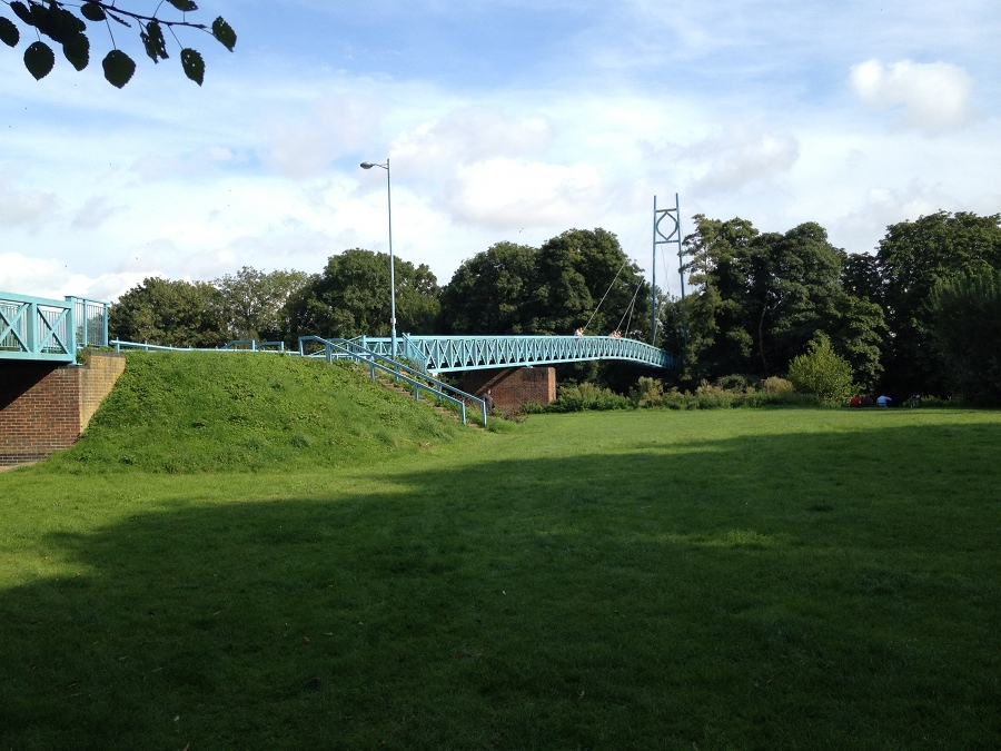 New Footbridge, main river, Blandford Forum