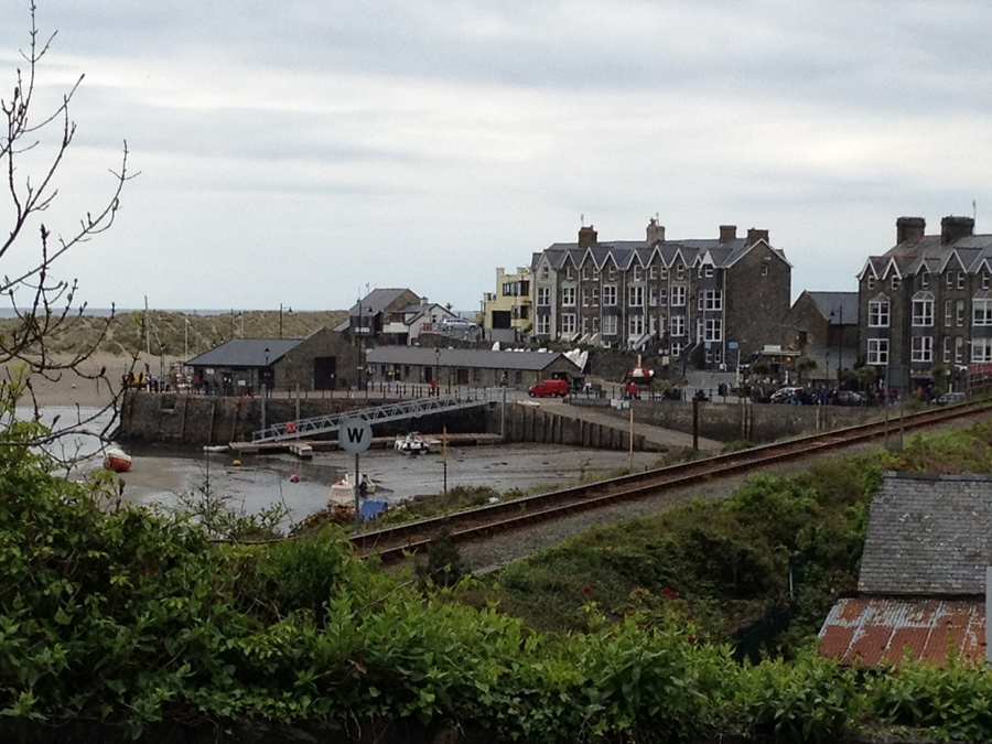 Barmouth from the top of the path to the rail and footbridge across the estuary