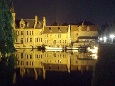 Brugge at night