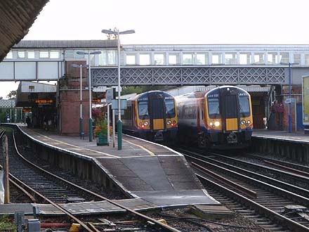 Two class 444 trains in Brockenhurst