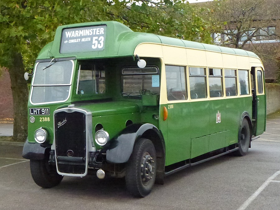 Old bus at Warminster