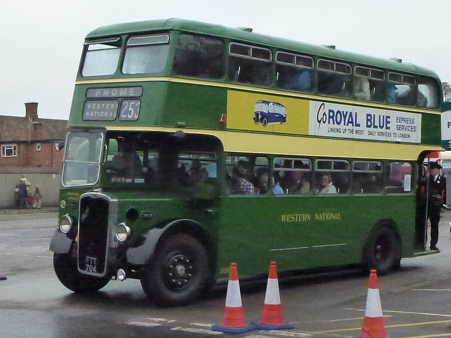 Western National bus leaves for Frome