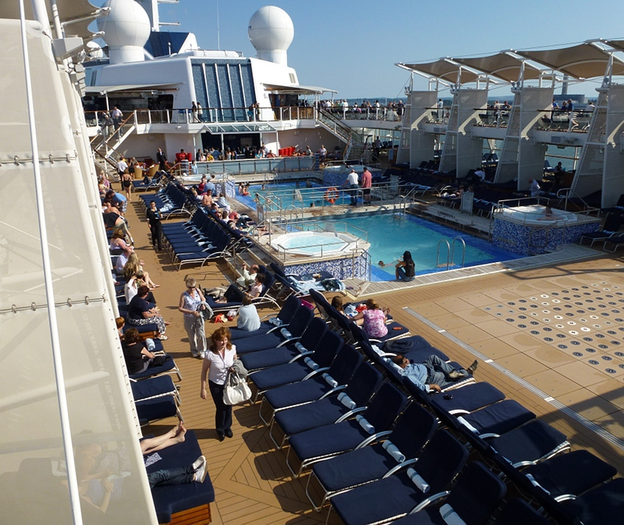 Pool deck, Celebrity Eclipse