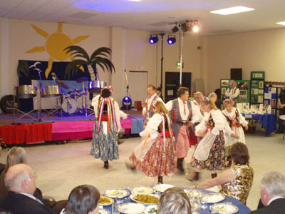 Polish dancers in Swindon