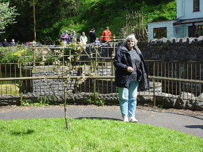 A tourist in Cheddar