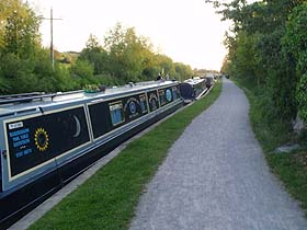 Canal Boats at Sells Green
