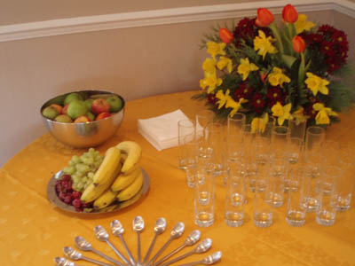 Good 4 U Fruit at Well House Manor