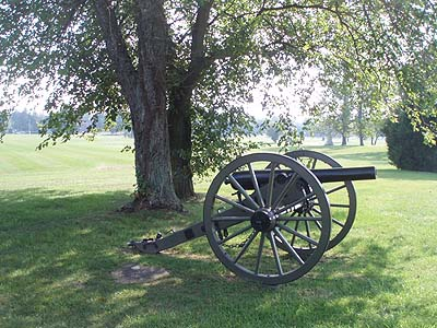 A Replica gun on the battlefield at Gettysburg