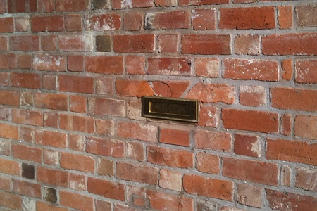 Letterbox in the wall, Hereford