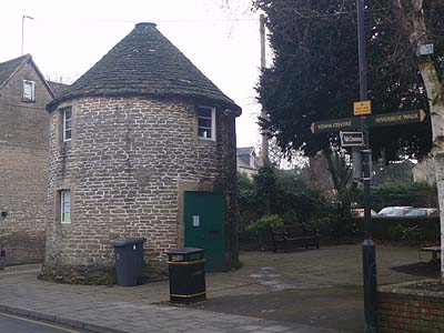 Formerly Historic Society museum, now Love LooLoo, round house
