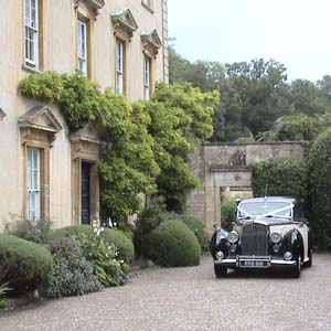 A wedding at Iford manor
