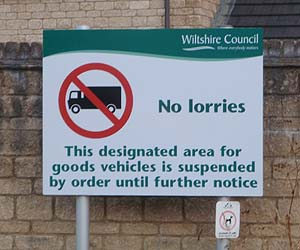 Lorries are banned ...