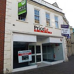 Shop to let, TROWBRIDGE