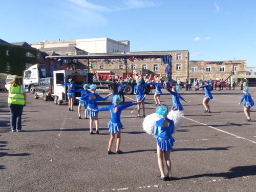 Majorettes in Blue
