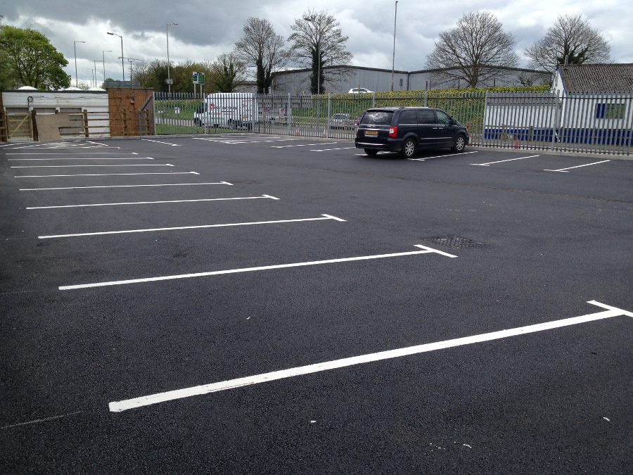A quiet day in the new car park at Melksham Station