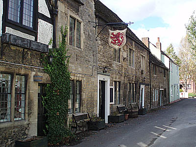 Red Lion, Melksham