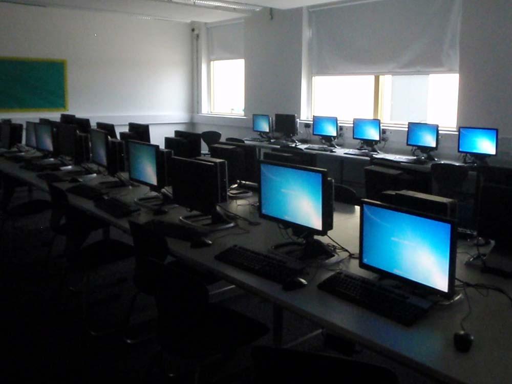Melksham Oak  - Computer Suite