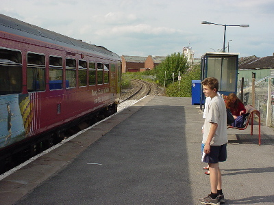 Melksham Station, with the Chippenham and Swindon train about to depart