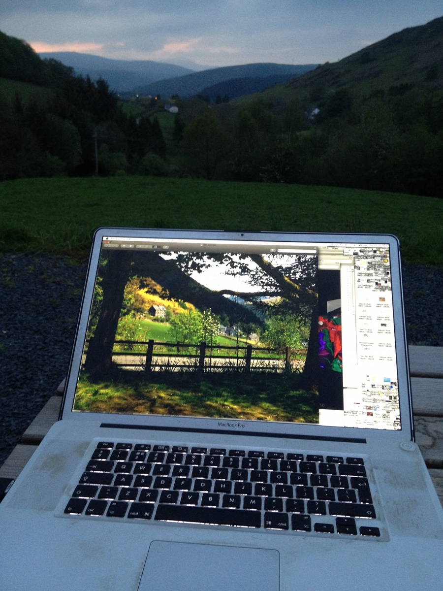 Computing in the Welsh countryside - an evening away