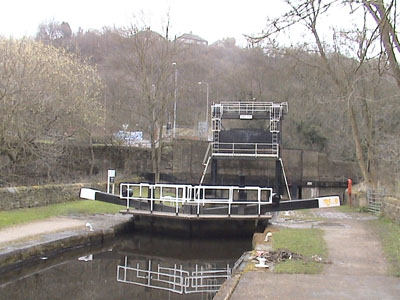 The Rochdale Canal, Mythlmroyd Locks