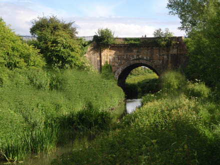 Biss Aquaduct, Photoshopped to remove pipe