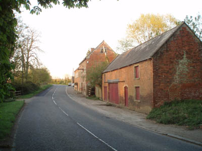 Old mill close to turnoff near Stockley