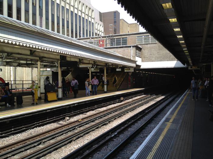 High Street Kensington underground station