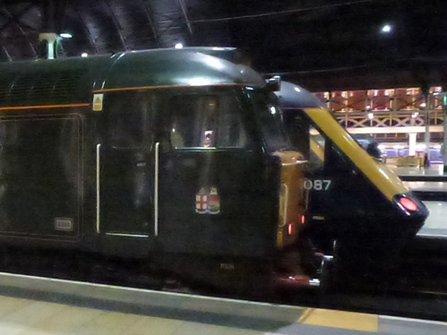 Class 57 and HST at Paddington