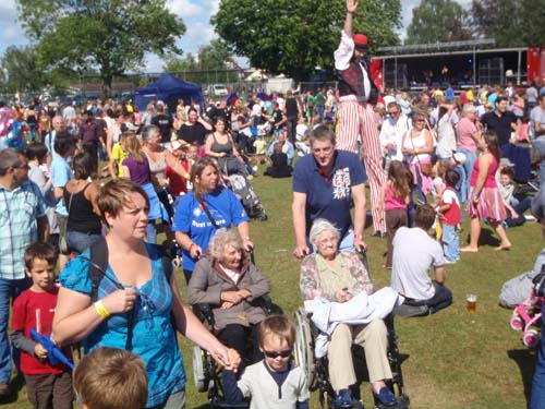 Crowds at Party in the Park, Melksham