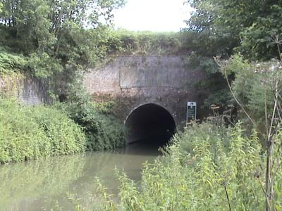 Bruce Tunnel, Kennet and Avon Canal
