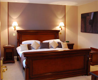 Bedroom 3 at Well House Manor