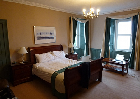 Hotel bed and room, near Linlithgow