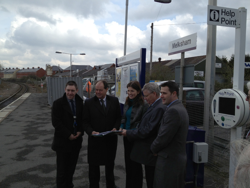Nick Reid, Michelle Donelan, Sion Bretton, Rob Mullen with shadow rail minister at Melksham