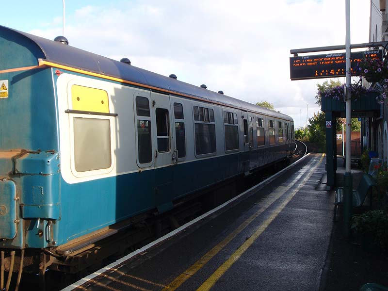 Train to Brockenhust at Lymington Town