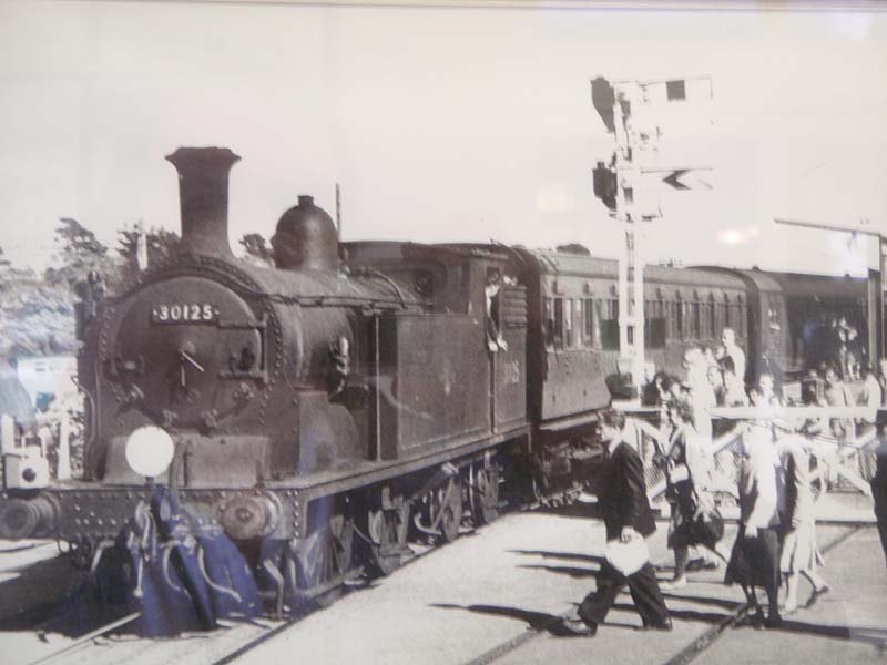 0-4-4 Tank at Lymington Pier (Old photo)