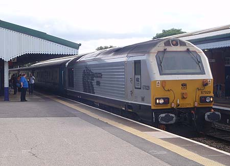 Loco hauled train for Weymouth arrives at Westbury