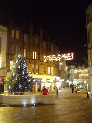 Shopping street in Stirling