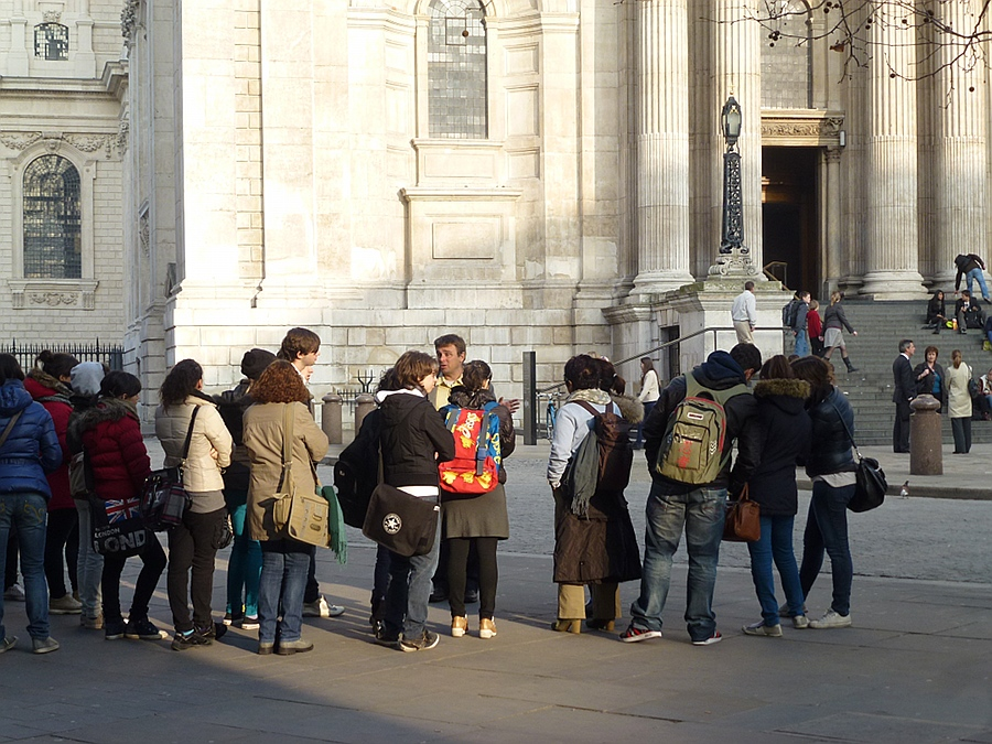 Tourists at St Pauls