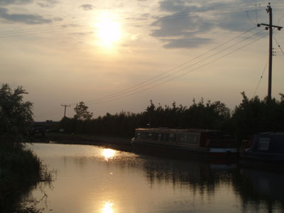 Setting Sun, The Barge, Seend