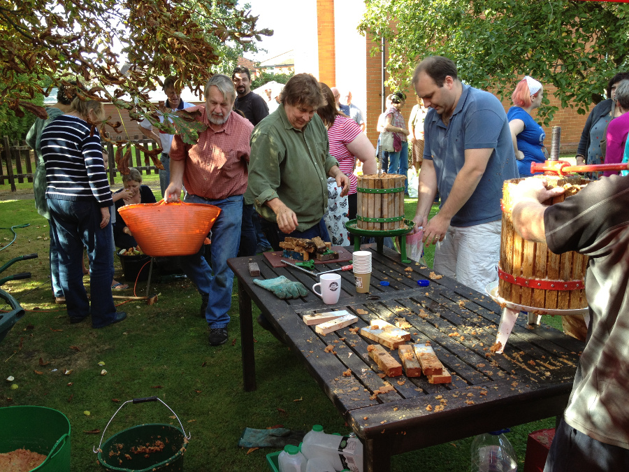 Apple pressing day at Well House Manor