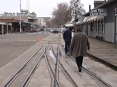 Dual Gauge Track - California