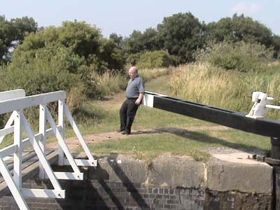 How to work a Lock - Devizes flight