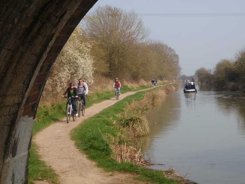 Cycling the towpath