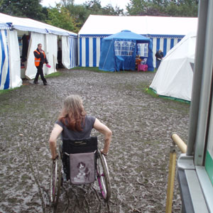 Wheelchair navigation of a mudbath - West Wilts Show